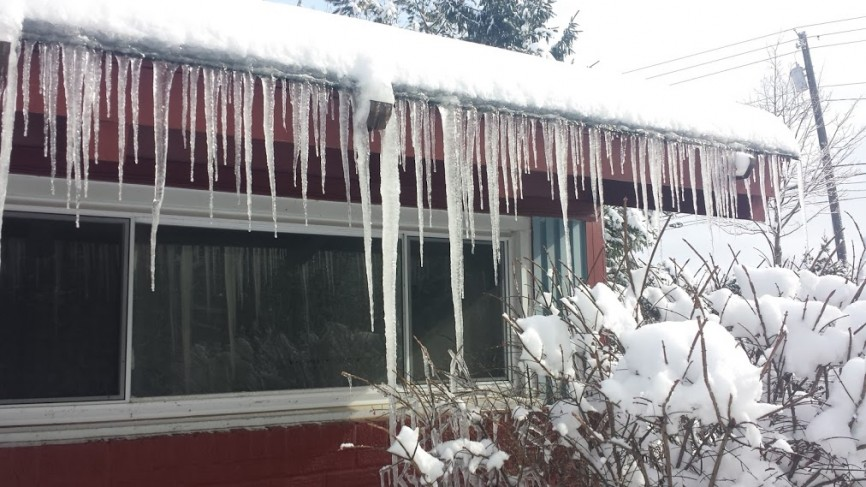 Why Ice Dams Keep Forming This Winter Roofing Company